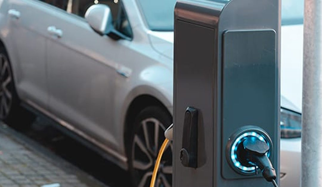e-Vehicles home-charging: an algorithm to protect power systems